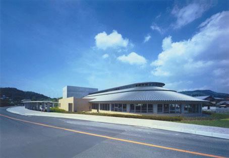 五色町立図書館・鮎原地区公民館1.jpg