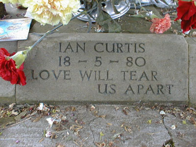 ian-curtis-grave.jpg
