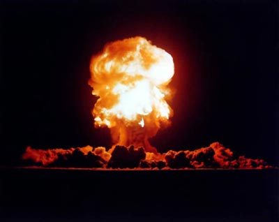 nuclear_weapons_testing.jpe